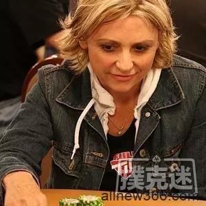 1个out河牌逆袭葫芦,世界德州扑克系列赛经典惨案