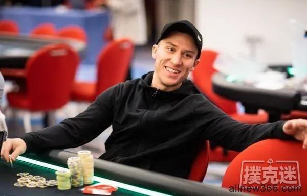 Daniel Dvoress收获个人扑克生涯的首条金手链!