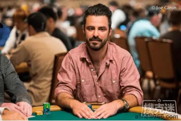 德州扑克主赛第一手牌拿到AA,5分钟后,他out了…