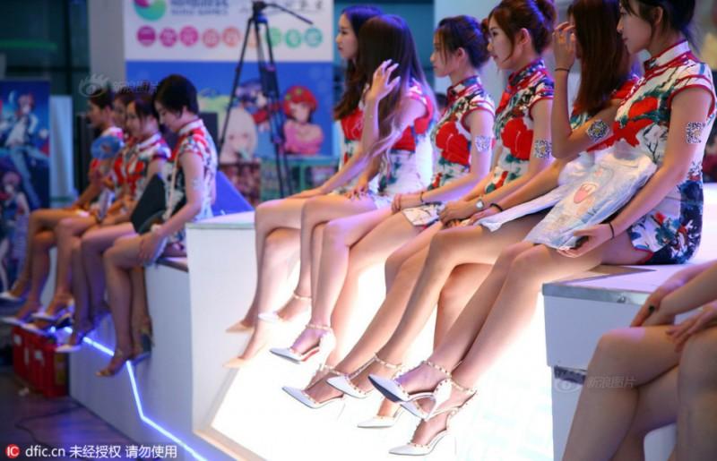 腿控福利!ChinaJoy女模大长腿合集