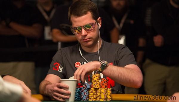 德州扑克来自WSOP主赛事的一手牌