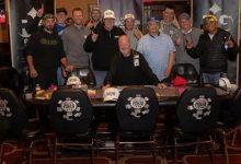 在一场现场比赛中,最后的11名玩家竟然平分了奖金-蜗牛扑克官方-GG扑克