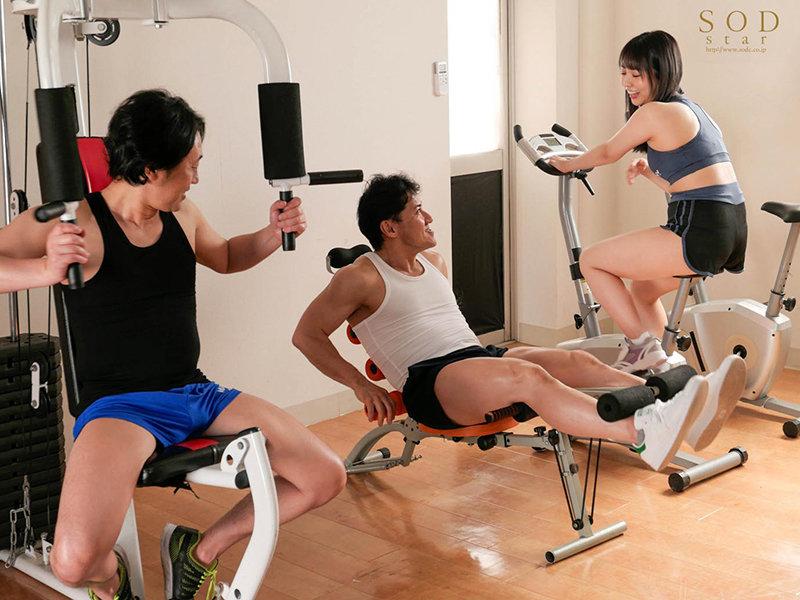戸田真琴(户田真琴)STARS-429:健身教练抽插饥渴嫩妻。